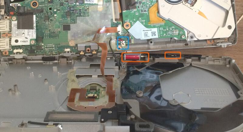 レッツノートS9を分解してドライブの裏側をチェック