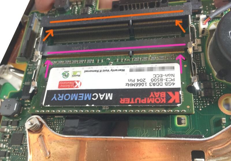 レッツノートS9のメモリの上側と下側