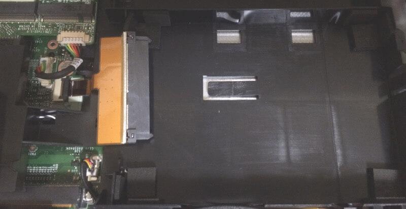 ドスパラののノートパソコンPrimeNote「Galleria QFS980HGS」のHDDが入っていた箇所
