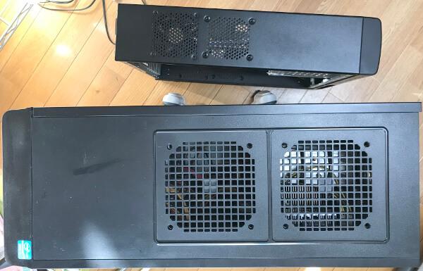 サイズ ATXスリムケース SARA4と元のドスパラパソコンのケース大きさを比較