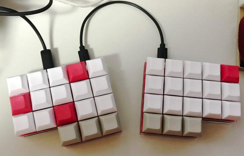 完成した自作キーボード「miniaxe」
