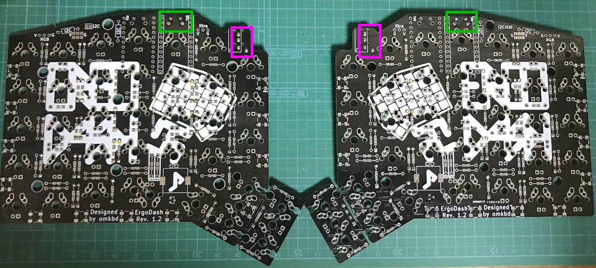 Ergodashの組み立てでTRRSジャックとリセットスイッチを載せてテープで止める