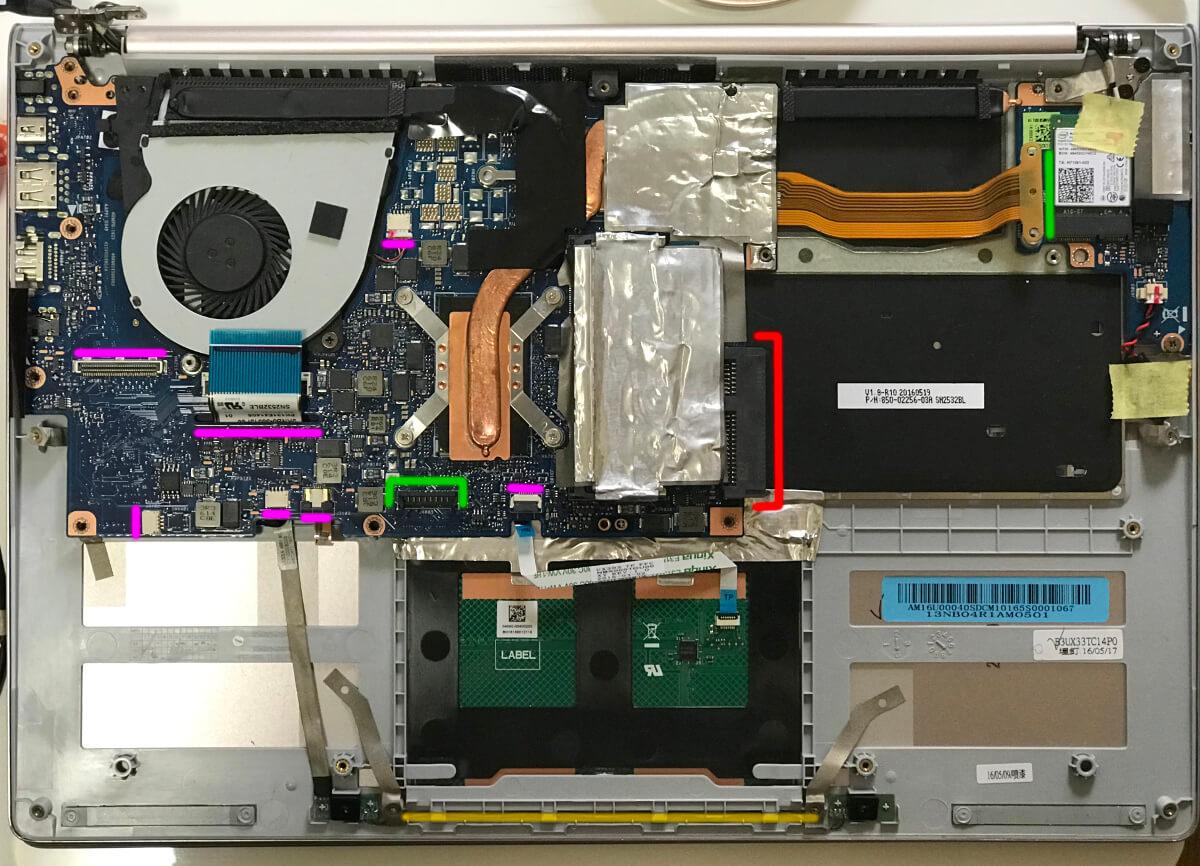 zenbookのux303uでマザーボードに各種ケーブルやコネクタを挿す