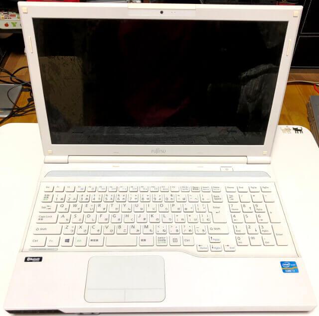 富士通のノートパソコンLifebookのAH47/J