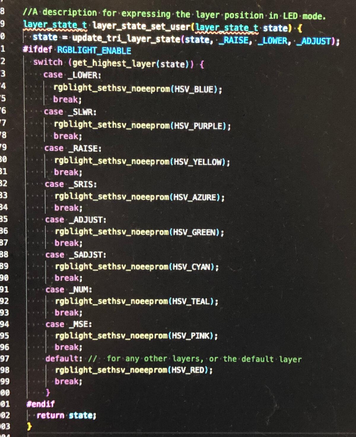 自作キーボード「uzu42」のキーマップでレイヤー変更時にLEDの発光色を変える設定